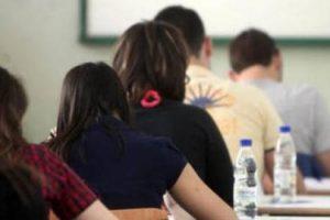 μαθητές - εξετάσεις πανελλαδικών
