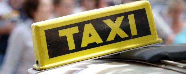 εικονίδιο με λεκτικό ταξί
